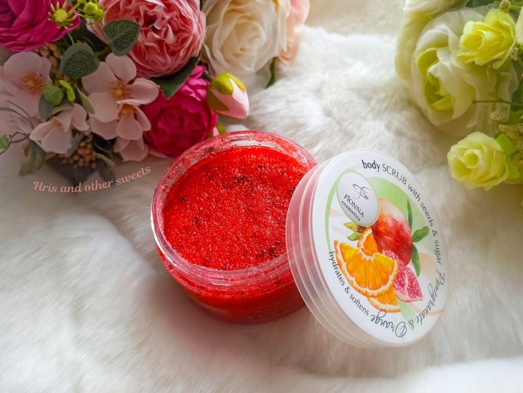 Фионна Козметикс захарен скраб за тяло с портокал и нар 2